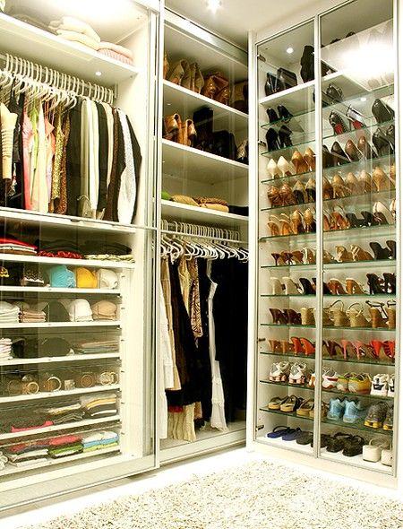 closet bem pequeno