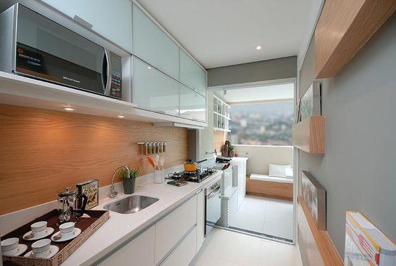 Cozinha de apartamento pequeno 20 id ias incr veis com fotos - Armario de 2 50 metros ...