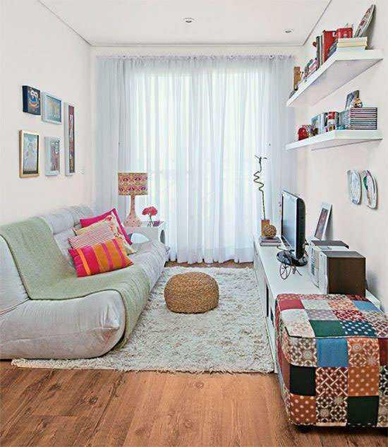 Decora o de sala simples e barata renove sua sala com 70 fotos for Cuadros para decorar salas pequenas