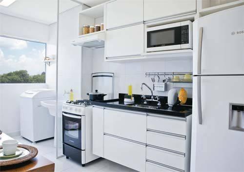 Cozinha simples branca