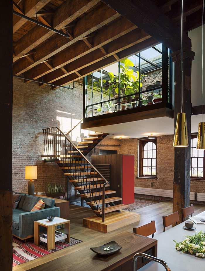 Escadas deixam a casa linda
