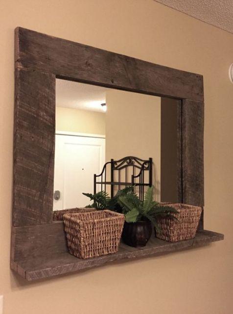 Painel de pallet com espelho