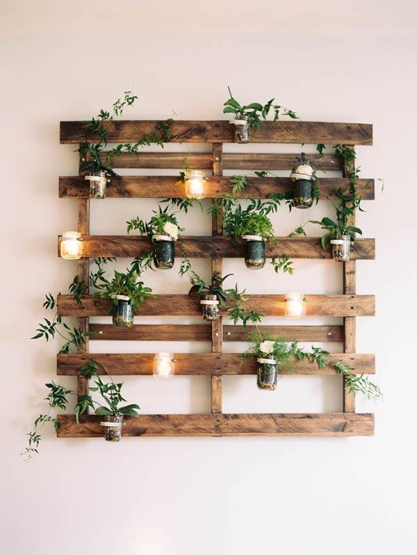 Painel de pallet para plantas iluminado