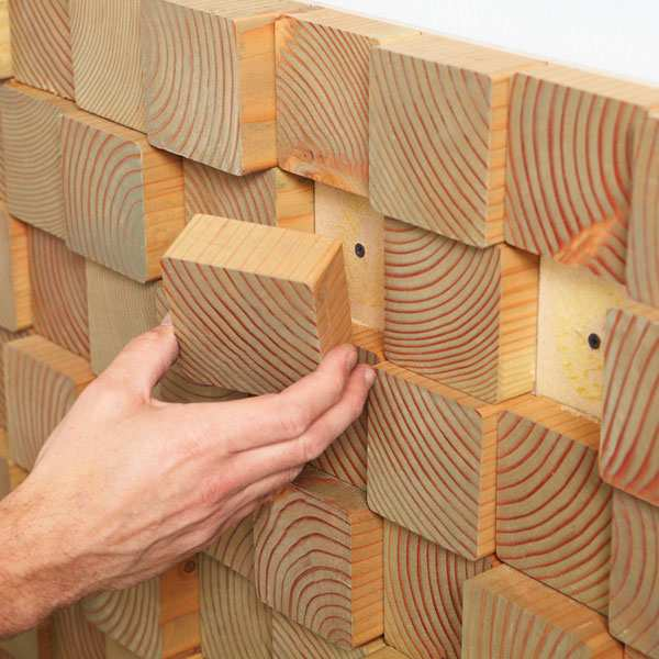 Painel para parede com blocos de madeira for Como pintar un mural exterior