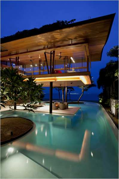 estilosa com piscina