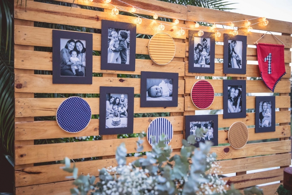 painel para festa com retratos