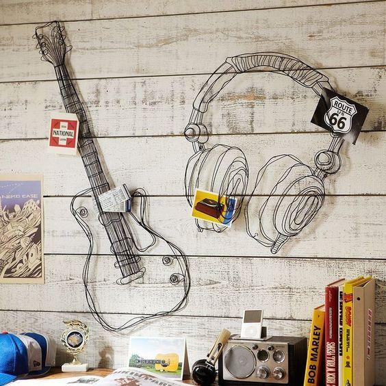 decora o com instrumentos musicais. Black Bedroom Furniture Sets. Home Design Ideas