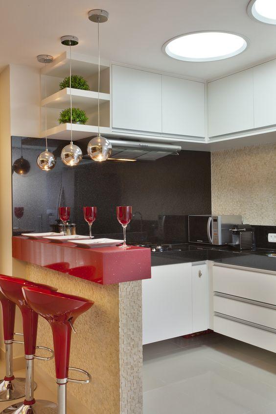 bancada de cozinha vermelha