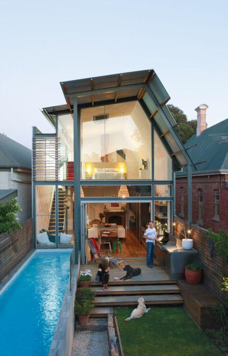 fachada de casa toda em vidro