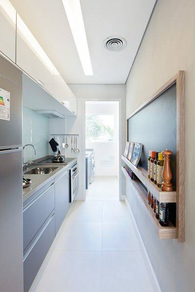 Cozinha em corredor