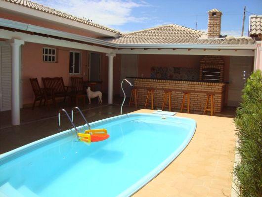 casas bonitas com piscina e churrasqueira