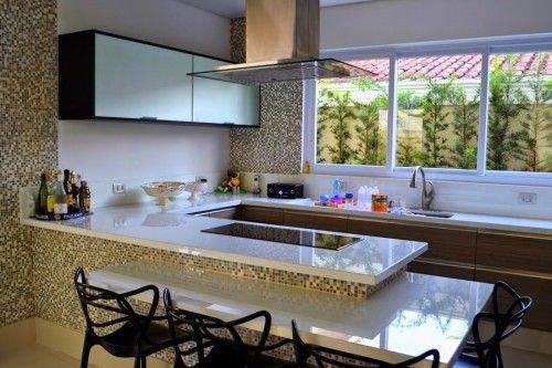 cozinha planejada com vista