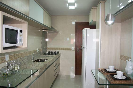 pequena cozinha planejada