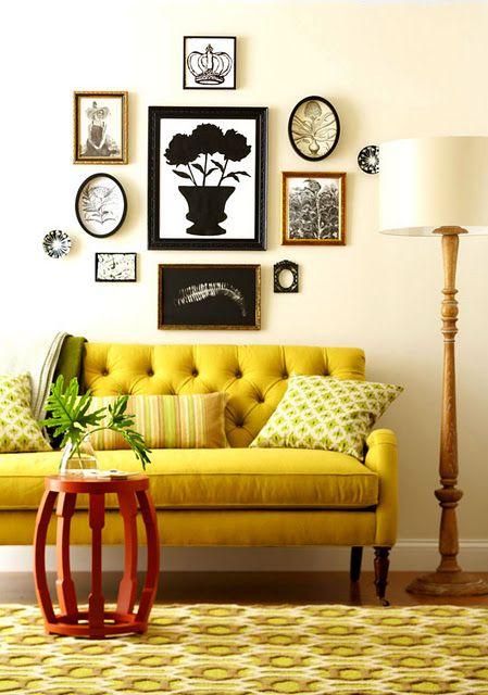 sofa em amarelo