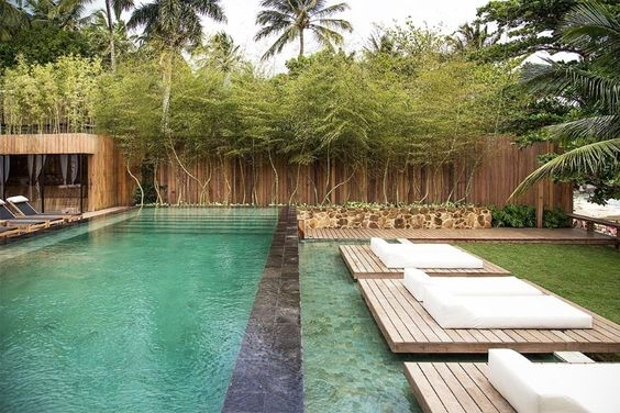 casa no campo com piscina