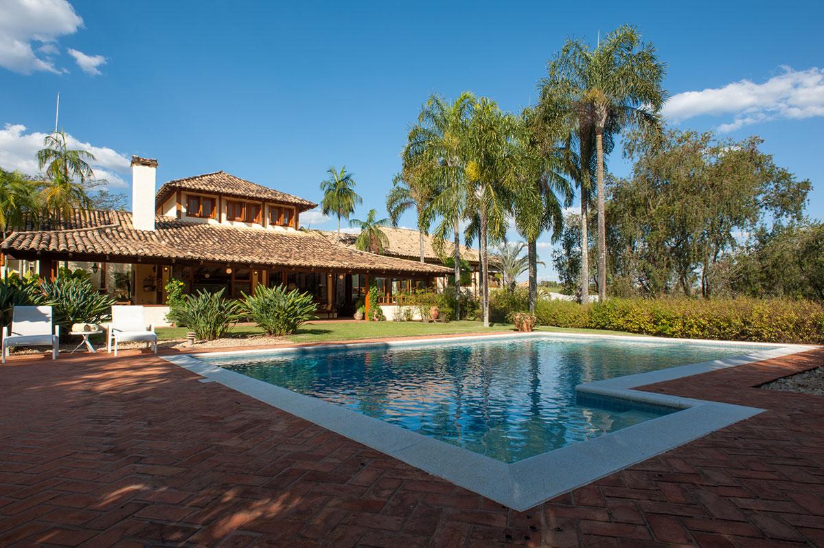 Casa de campo veja mais de 60 fotos incr veis for Fotos de casas de campo con piscina