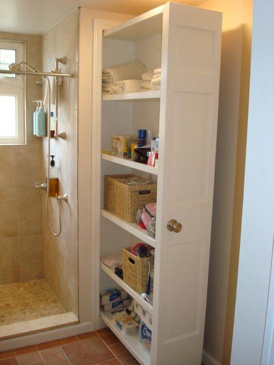 armario grande no banheiro