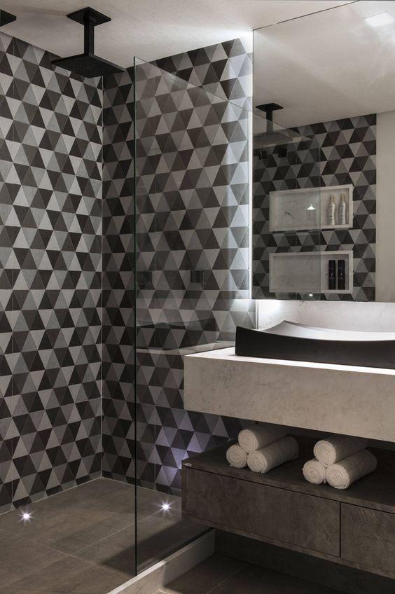 azulejos preto e branco banheiro