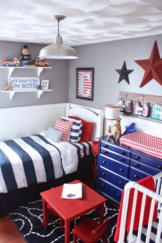 decoração azul e vermelho