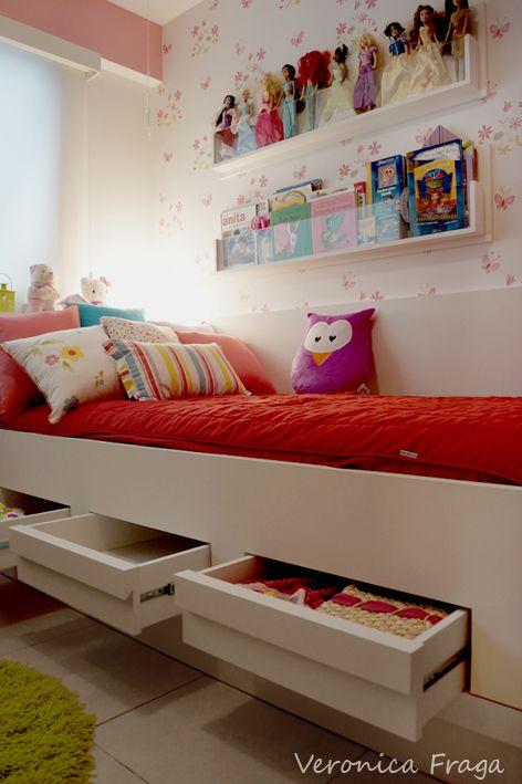 gavetas embaixo da cama