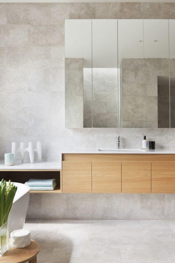 parede de cimento no banheiro