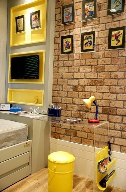 parede de tijolos no quarto infantil