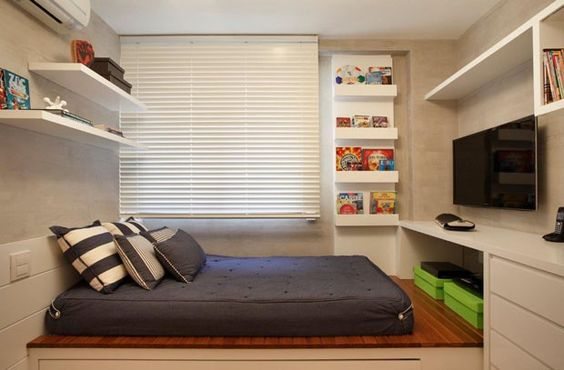 quarto com cama simples