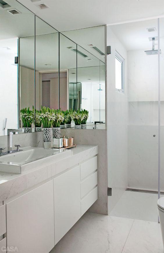 Mais de 100 Banheiros Planejados  As Melhores Dicas Para Você # Banheiro Decorado Com Armario De Vidro