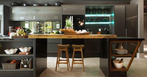 banca aberta em baixo para cozinha