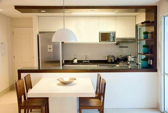 luminaria pendente na bancada de cozinha americana