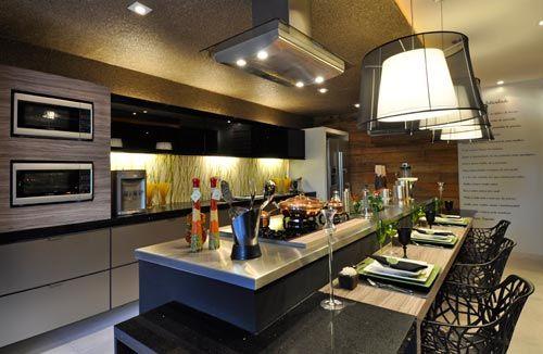 luminarias lindas na cozinha americana