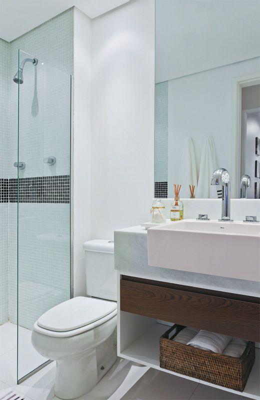 Banheiros Pequenos  100 Formas Diferentes de Decorar Lindamente! -> Banheiro Decorado Com Gabinete De Vidro