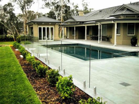 Muro de vidro para piscina