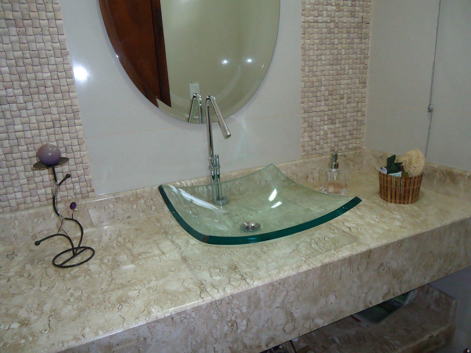 banheiro-com-marmore-rustico