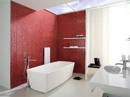 banheiro-com-tijolos-vermelhos