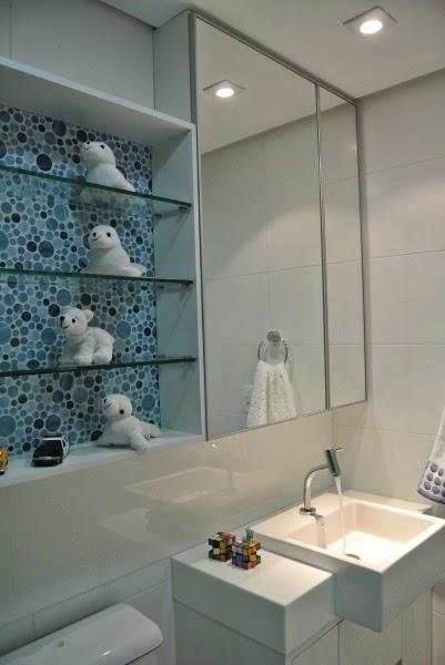 Banheiros decorados  40 modelos com fotos lindos para você! -> Banheiro Decorado Com Prateleiras De Vidro
