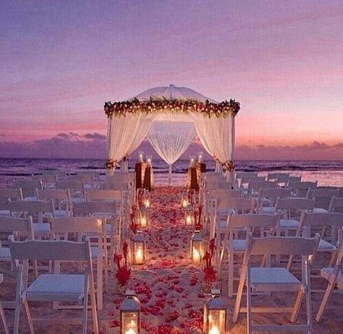 casamento-na-praia-ao-anoitecer