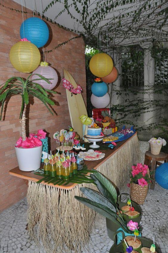decoracao festa havaiana na piscinaFesta Tropical e Festa Havaiana