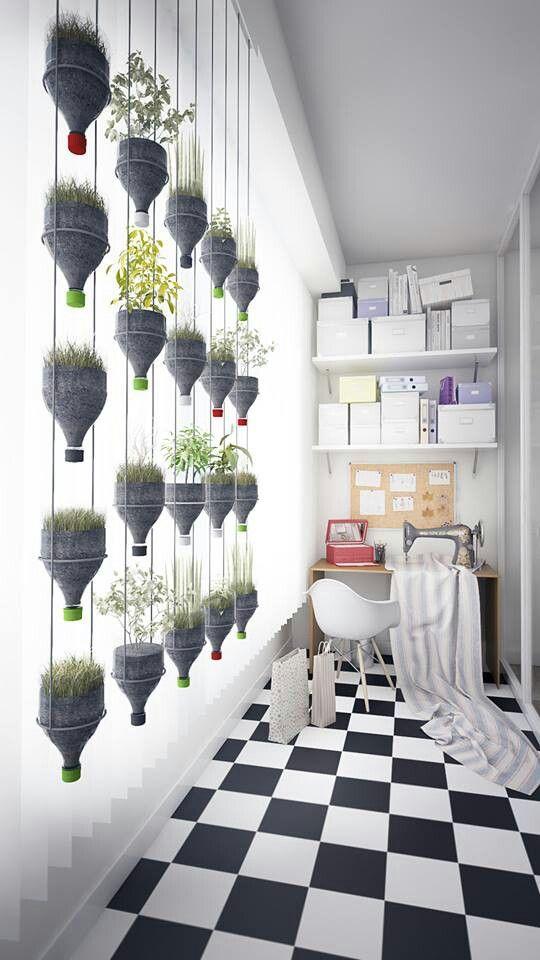 jardim-vertical-com-lampadas-de-cimento