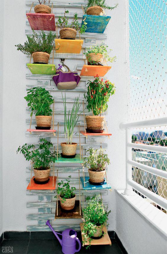 jardim vertical simples:jardim-vertical-de-madeira-simples