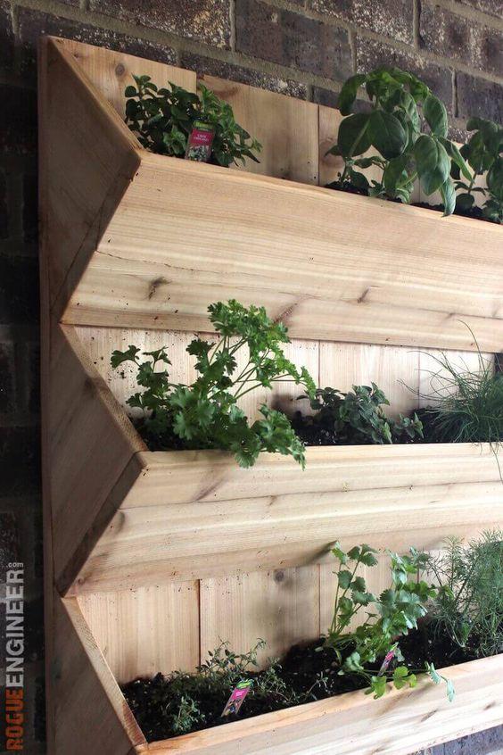 jardim vertical simples:DIY Herb Wall Planter Plans