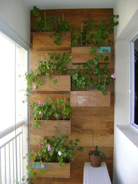 Jardim vertical veja mais de 50 modelos com fotos e for Jardines en paredes