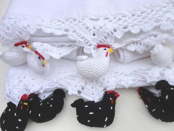 Bicos de crochê galinha