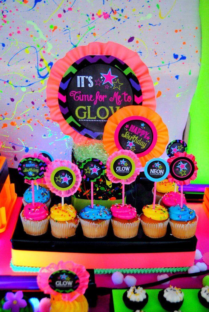 Decoração de festa neon