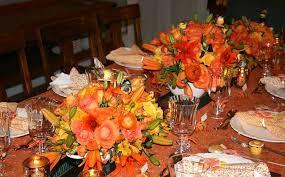 Decoração de mesa de jantar para aniversario laranja