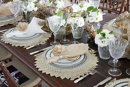 Decoração de mesa de jantar para casamento clássico