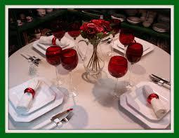 Decoração de mesa de jantar romântico clássico