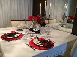 Decoração de mesa de jantar romântico tons de branco