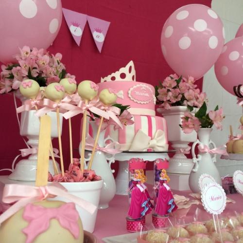 decoração de festa infantil simples da barbie