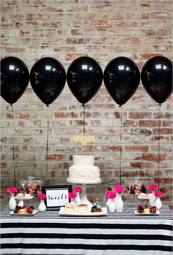 decoração de festa simples com balõessdecoração de festa simples com balõess